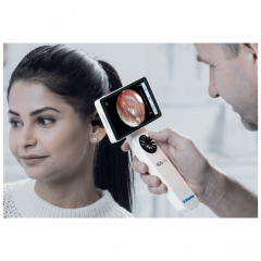Riester wireless medical camera system with otoscope lens